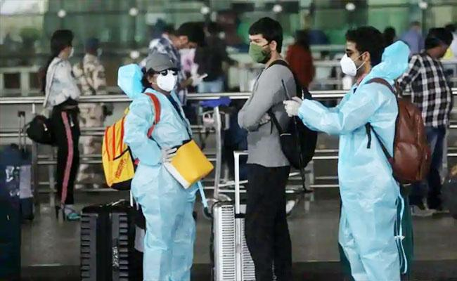 Delhi Man Skipped Screening At Airport And Traced By Police Home Quarantined - Sakshi