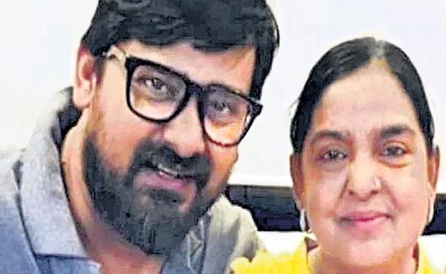 Corona Positive For Bollywood Music Director Wajid Khan Mother - Sakshi