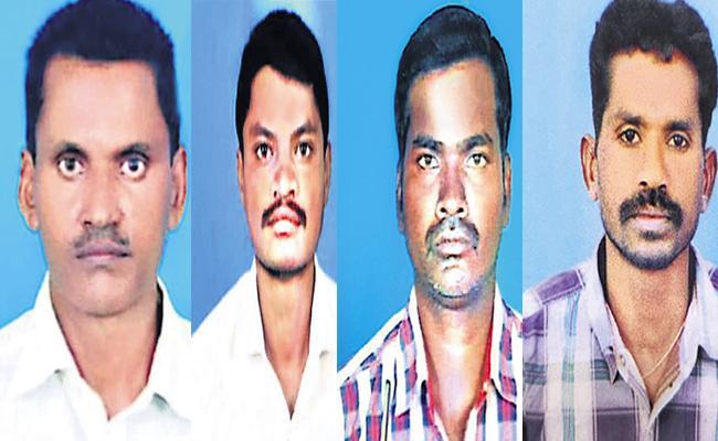 Four Workers Died In SIngareni Collieries Mine Blast In Peddapalli Distirct - Sakshi