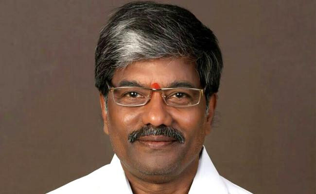 Corona: TS Assembly Deputy Speaker Padma Rao Goud Tested positive - Sakshi