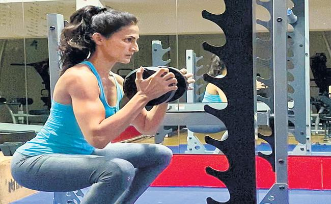 Fitness Trainer Shilpa Reddy Health Tips To Keep Safe From Corona Virus - Sakshi