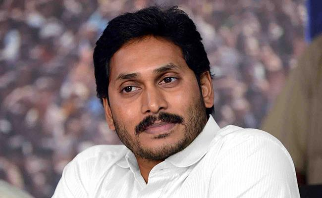 CM YS Jagan Ordered Better Treatment For The Victims Of Visakha Gas Leakage - Sakshi