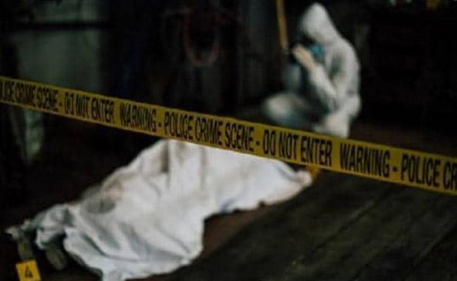 Two Slain Bodies Found In Restobar Water Tank In Mumbai - Sakshi