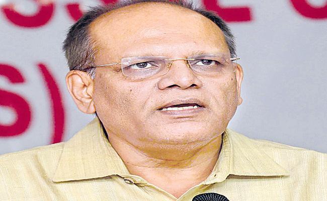 Greenery Programs And Sanitation Work Should Continue Says CS Somesh Kumar - Sakshi