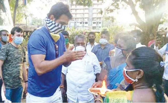 Tamil Women Have Thanked Sonu Sood - Sakshi