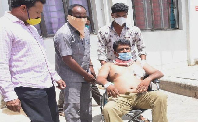 AR Constable Injured in Gun Miss Fire in Nirmal - Sakshi