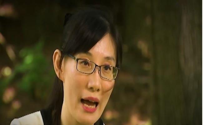 Virologist who fled to US from Hong Kong accuses China of coronavirus covered - Sakshi
