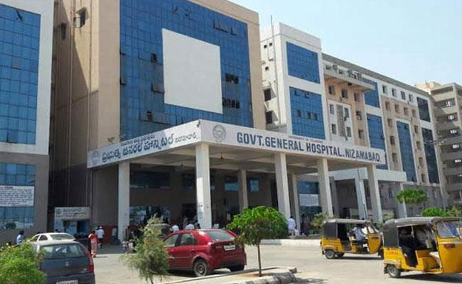CoronaVirus: 3 Patients Last Breath At Nizamabad Govt Hospital - Sakshi