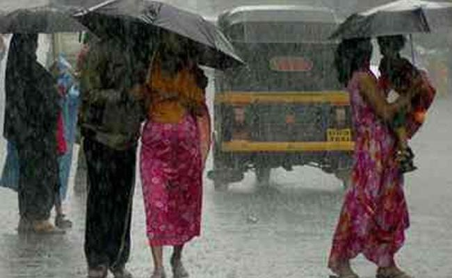 Heavy Rainfall In Coming 3 Days In Rayalaseema And Other 2 Districts - Sakshi
