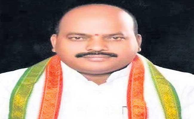 Congress Leader Narendra Yadav Passed Away With Coronavirus - Sakshi