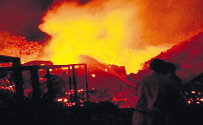Fire accident at Visakhapatnam Pharma City - Sakshi