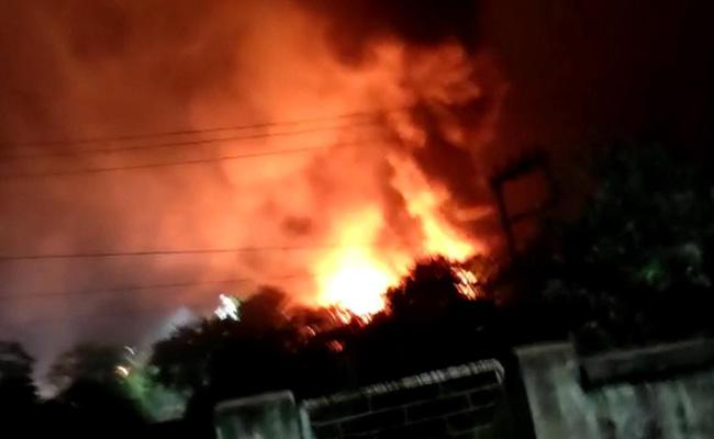 One Last Breath In Fire accident at Visakhapatnam Pharma City - Sakshi