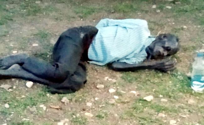 Family Members Leave Old Man in Forest YSR Kadapa - Sakshi
