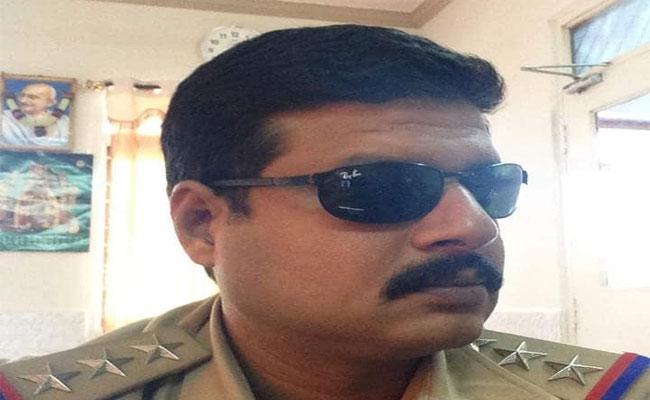Anantapur Traffic CI Expire With Corona - Sakshi