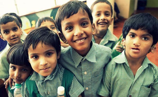Childrens Suffring in Lockdown Time Without Education And Play - Sakshi