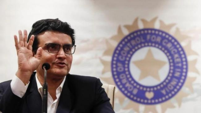 Sourav Ganguly in Home Quarantine Brother Tests Positive Covid19 - Sakshi