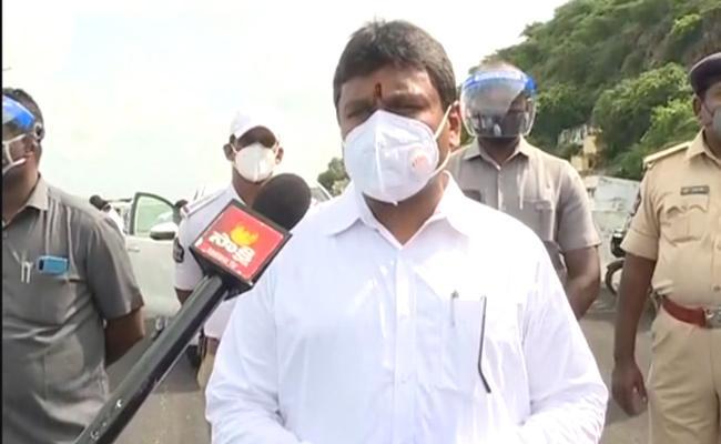 Vellampalli Srinivas Comments On TDP Leaders In Vijayawada - Sakshi