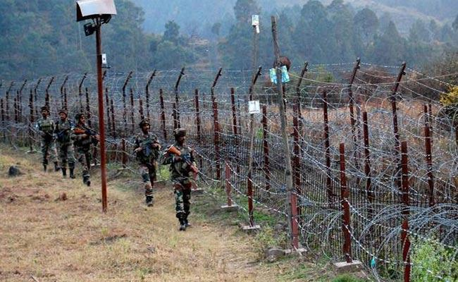 Pakistan Violates Ceasefire At Poonch District 3 Family Members Deceased - Sakshi