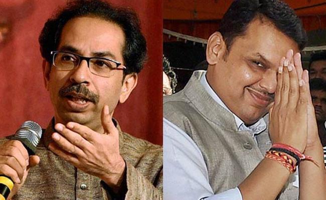 Fadnavis Doing A Good Job As Leader Of Opposition Says Shiv Sena - Sakshi