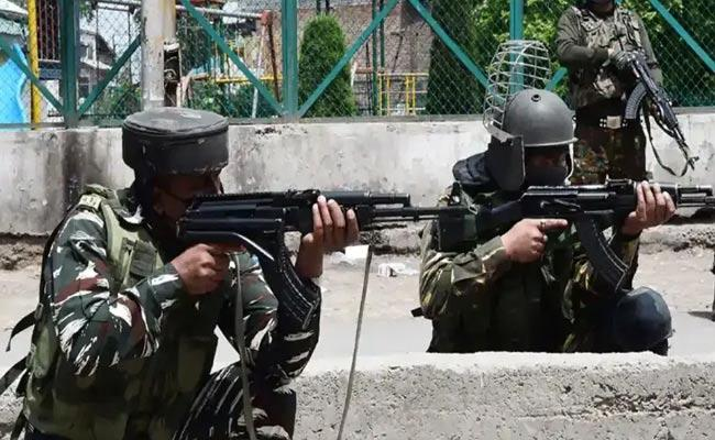 Two Encounters In 24 Hours 6 Terrorists Shot Dead Jammu And Kashmir - Sakshi