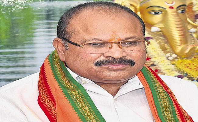 Kanna Lakshminarayana Wrote Letter To Governor On Three Capitals - Sakshi