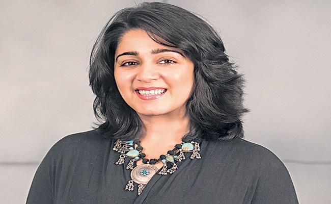 Charmi talking about ismart shankar movie - Sakshi