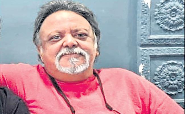 Bollywood director Rajat Mukherjee dies in Jaipur - Sakshi