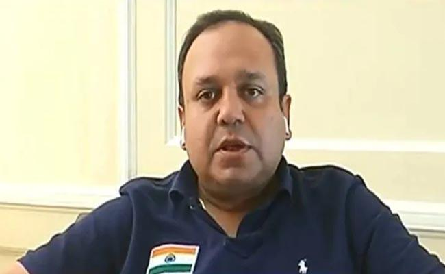 Punit Goenka resigns from Zee Media - Sakshi