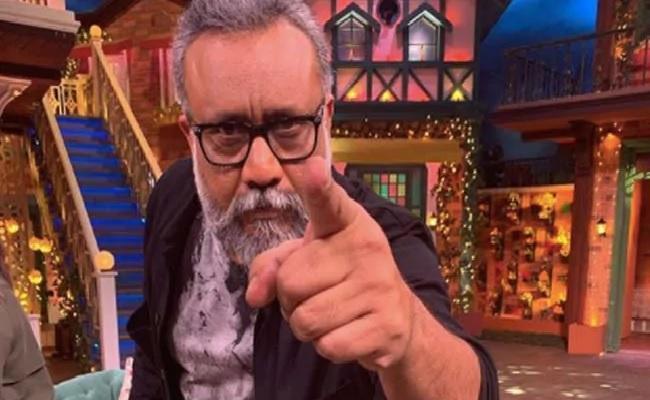 Filmmaker Anubhav Sinha Resigns From Bollywood - Sakshi