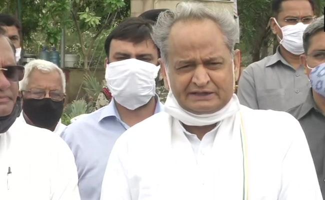 CM Gehlot Says Governor Not Convening Assembly Pressure From Top - Sakshi