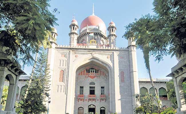 Telangana High Court Fires On State Government Over Demolition Of Secretariat Buildings - Sakshi