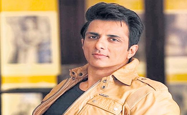 Sonu Sood Launches App to Provide Jobs to Migrant Workers - Sakshi