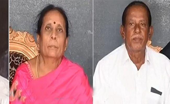 Doctor Patienrts Deceased With COVID 19 in Karnataka - Sakshi