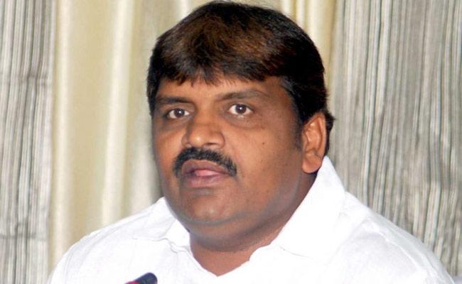 GHMC Mayor Bonthu Rammohan Tested Corona Positive - Sakshi