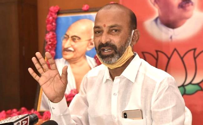 Bandi Sanjay Slams Asaduddin Owaisi Comments On Ram Mandir - Sakshi