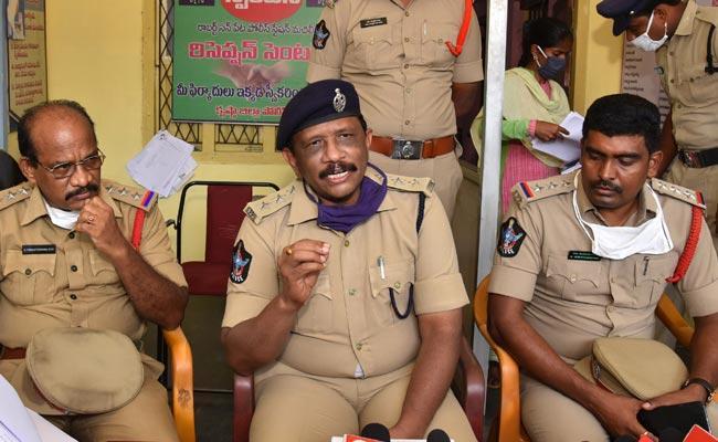 Murder Case Booked On Former Minister Kollu Ravindra - Sakshi