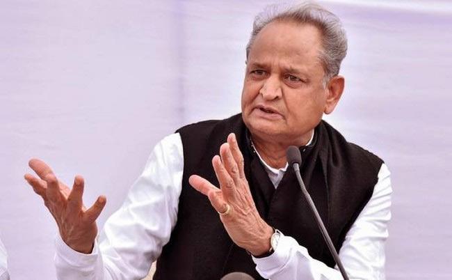 Ashok Gehlot Instructions To Congress MLAs In CLP Meeting - Sakshi