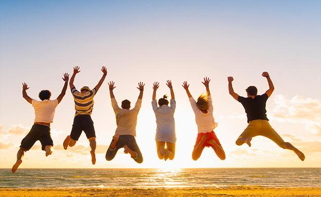 International Friendship Day: Why We Celebrate Friendship Day On July 30 - Sakshi
