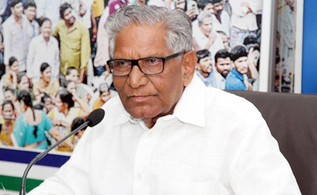 Ummareddy Venkateswarlu Fires On Yanamala About CRDA Bill In Vijayawada - Sakshi