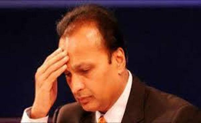 Yes Bank takes over Anil Ambani is group HQ in Mumbai - Sakshi