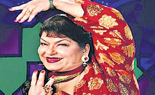 Many Celebrities Expressed Their Condolences Over The Death Of Saroj Khan - Sakshi
