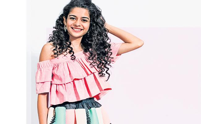 Funday Special Interview With Webseries Star Mithila Parker - Sakshi