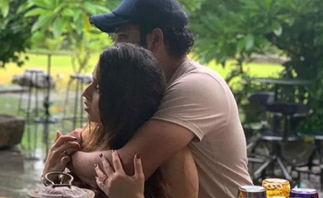 Yuvraj Teases Rohit Sharma On Adorable Photo With Ritika - Sakshi