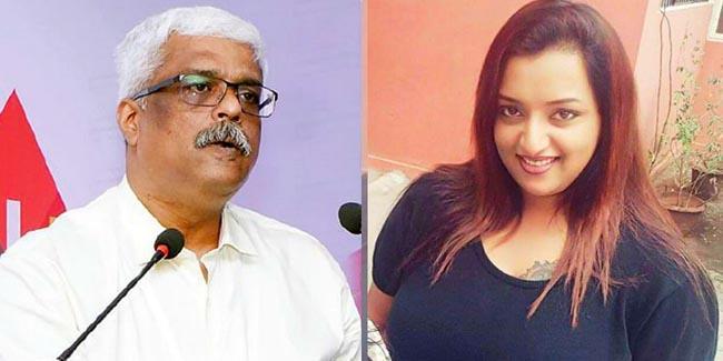 Pinarayi Vijayans Principal Secretary Removed In Gold Smuggling Case - Sakshi
