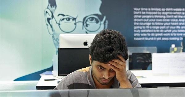 Indias IT Sector May See Mass Layoffs - Sakshi