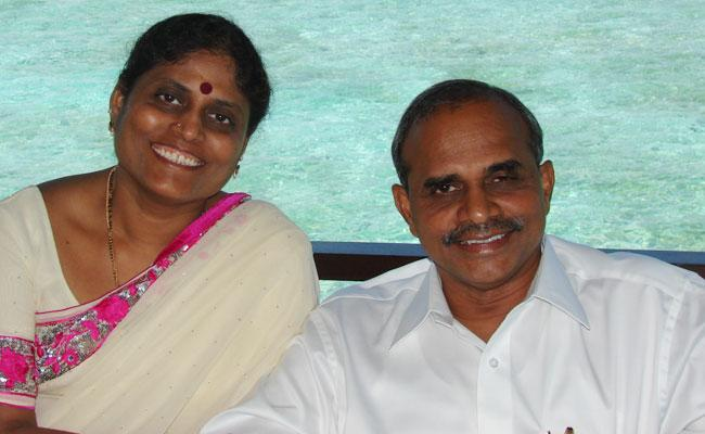 YS Vijayamma wrote book on YSR and will be unveiled on 8th July - Sakshi