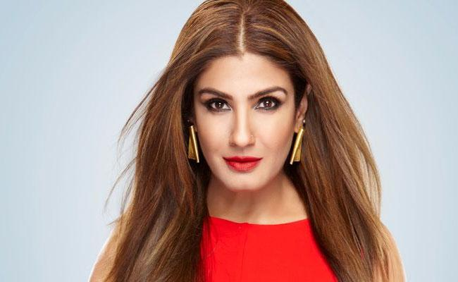 Raveena Tandon: There Are Bad People In Industry Who Plan Your Failure - Sakshi