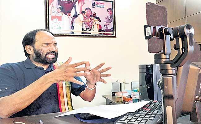 Uttam Kumar Reddy Fires On KCR Over Gajwel Incident - Sakshi