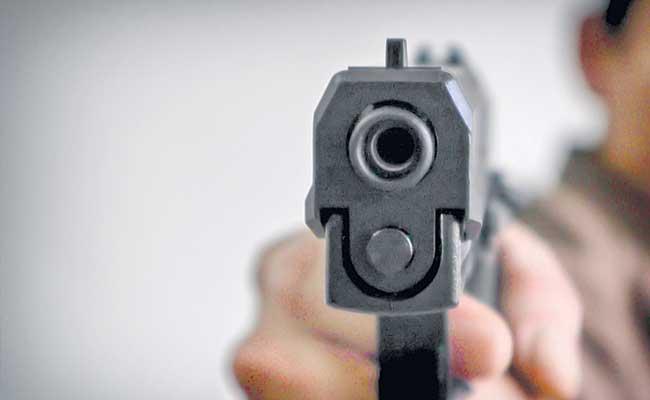 Bouncers Using Guns At Hyderabad - Sakshi