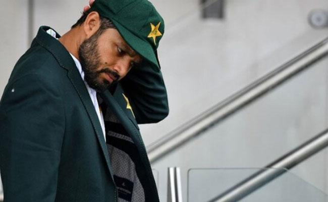 Inzamam Says Azhar Ali's Captaincy Could Have Been Better - Sakshi